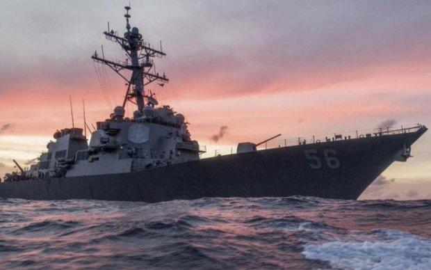 """""""Джон Маккейн"""" поставил американские ВМС на паузу"""
