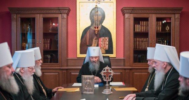 Ряды УПЦ МП значительно поредели после Объединительного собора: каноническая измена