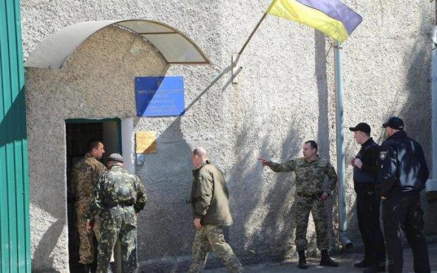 """Бунт """"торнадовцев"""" в СИЗО: за решетку отправились силовики"""