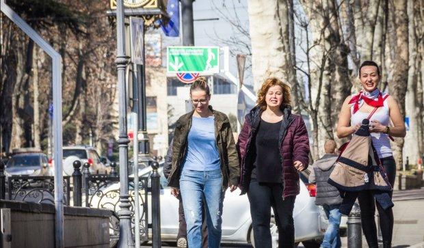 Ціни на газ, призов в армію та декларація з лікарем: що зміниться з 1 квітня для українців