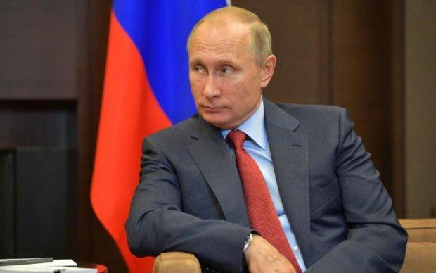 Путін відчайдушно намагається собі дещо збільшити