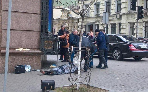 Убийца Вороненкова мог быть случайным прохожим - правозащитник