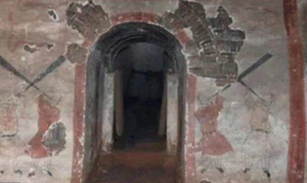 Склеп у Китаї, фото: Chinese Archaeology and Chinesenews.com
