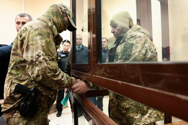 """""""Всем наср*ть"""": журналист на всю Украину показал, в кого превратились пленные моряки"""