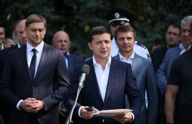 Головне за ніч: зарплати за Зеленського, тюремні терміни за Instagram, бюджет України на 2020 рік та штрафи водіям