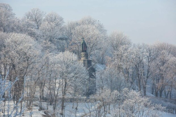 Запахло Новим роком: стихія вкриє Київ сніговою ковдрою 27 грудня