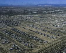 кладбище самолетов на базе Davis-Monthan
