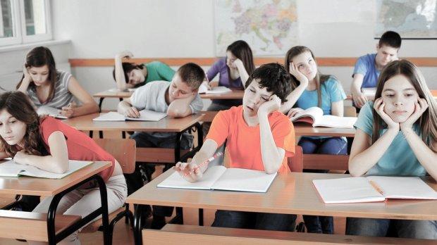 В українській школі дітей труїли невідомою субстанцією під виглядом масла
