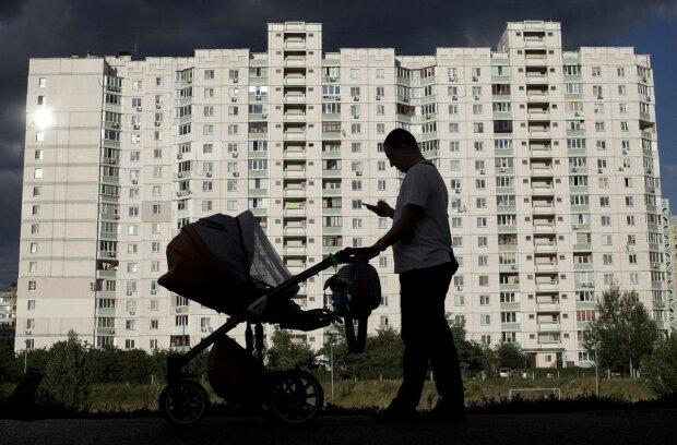 В Одессе жестоко наказывают за невыплату алиментов: что грозит должникам