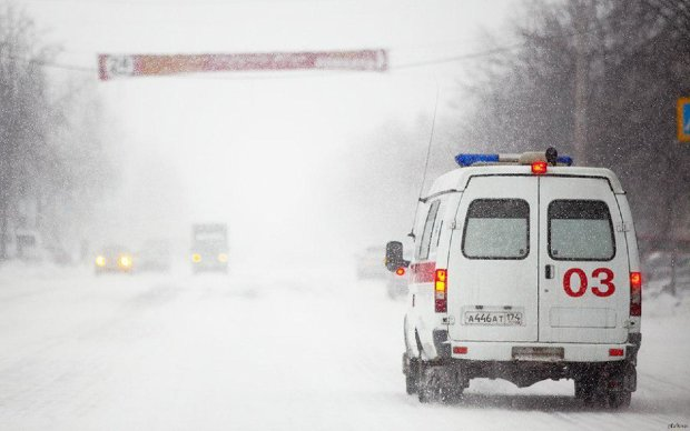 Таксист на бешеной скорости протаранил иномарку: жуткое ДТП потрясло Киев