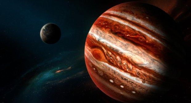Біля Юпітера помітили щось дуже дивне, вчені бояться припускати