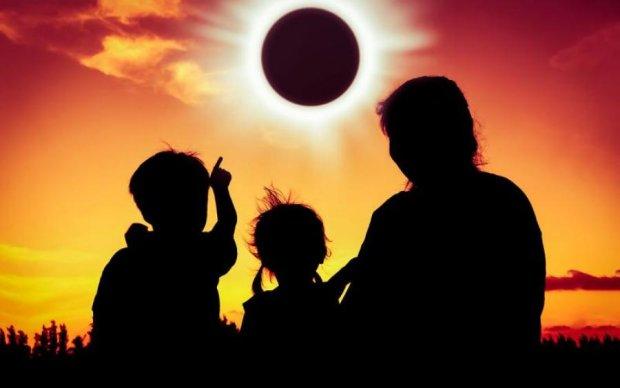 Солнечное затмение разорило США