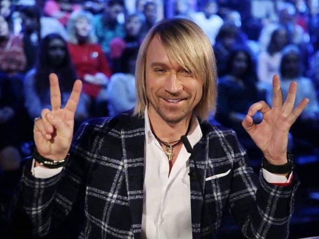 Олег Винник рассказал о своем первом опыте, поклонницы засыпали его комплиментами
