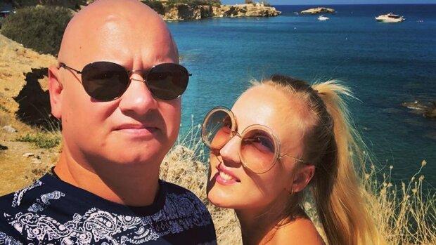 """Дружина Кошового з Кварталу 95 зізналася, чим вона заробляє: """"Ми з моїм партнером """"чаклуємо"""""""