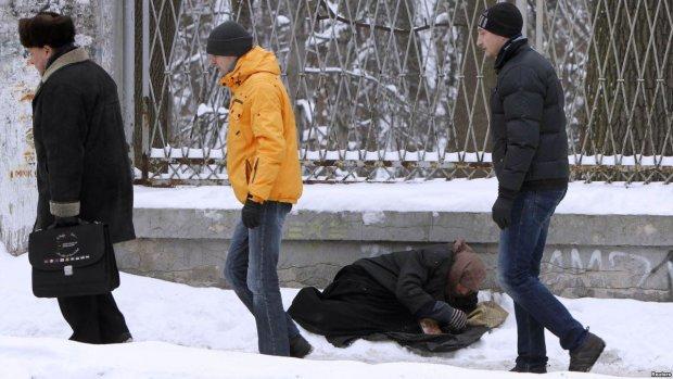 Диплом є, роботи – обмаль: у службі зайнятості приголомшили цифрами, освічені українці опинилися за бортом