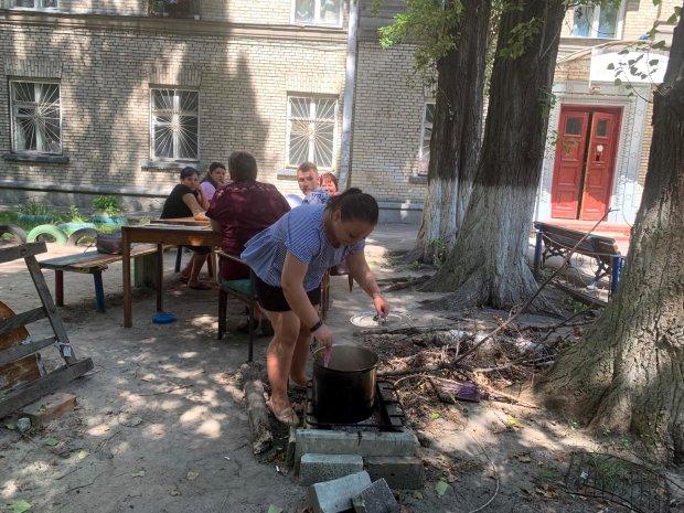 Вячеслав Непоп устроил в Киеве феодальный ужас: люди 50 дней живут без света и газа