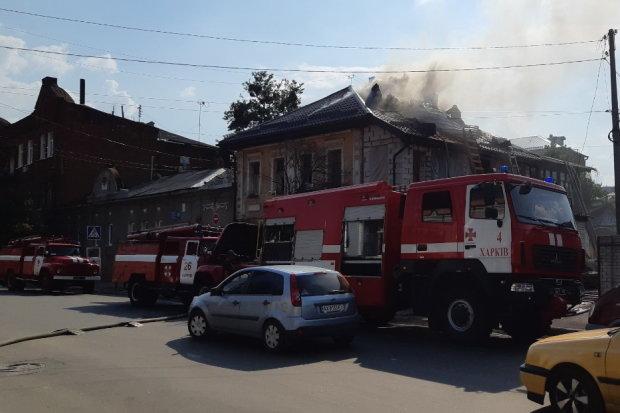 Парализованный харьковчанин едва не сгорел заживо, дом превратился в крематорий: ждал смерти и молился