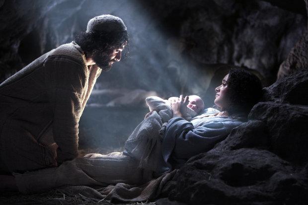 """Спецагент США раскрыл правду о похищении Иисуса Христа: """"Инопланетяне специально прилетели в Индию"""""""