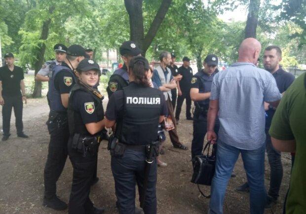В Днепре исчез иностранец, отдых в Украине может стать фатальным: родственники умоляют о помощи за тысячи километров