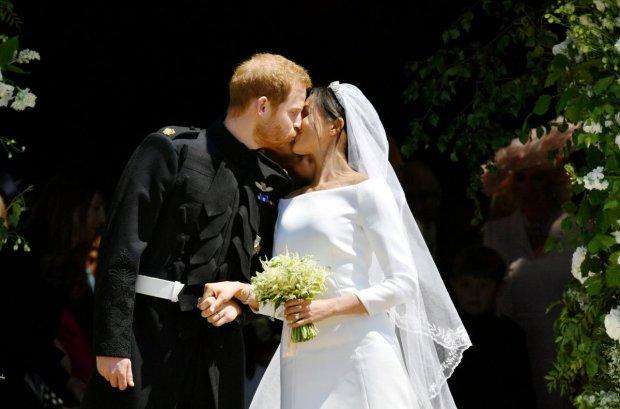 День Святого Валентина развел беременную Меган Маркл и принца Гарри: уехал прочь
