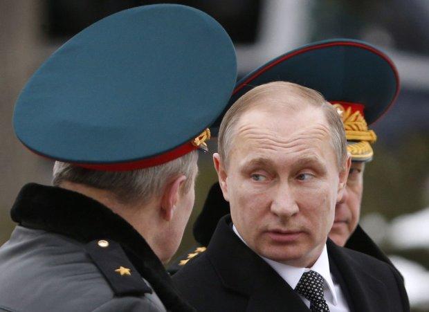 Путин раздал генеральские звезды и погоны убийцам украинцев: за Мариуполь