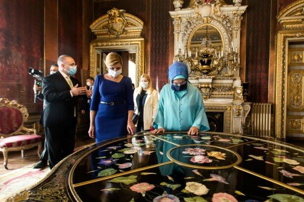 Из Лондона в Стамбул: пока Зеленский потел над Эрдоганом первая леди нарвалась на хиджабную историю
