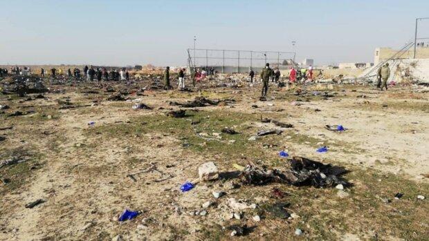 Аварія літака МАУ в Ірані, фото: РИА Новости