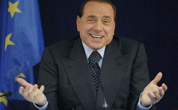 """Суд виправдав """"інтимні розваги"""" Берлусконі"""