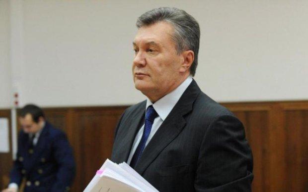 """Главный """"завхоз"""" регионалов живет лучше Януковича"""