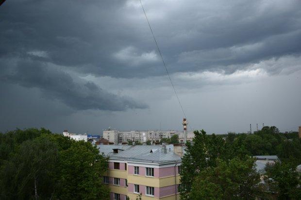 Погода на лето: жестокая стихия доведет украинцев до бешенства