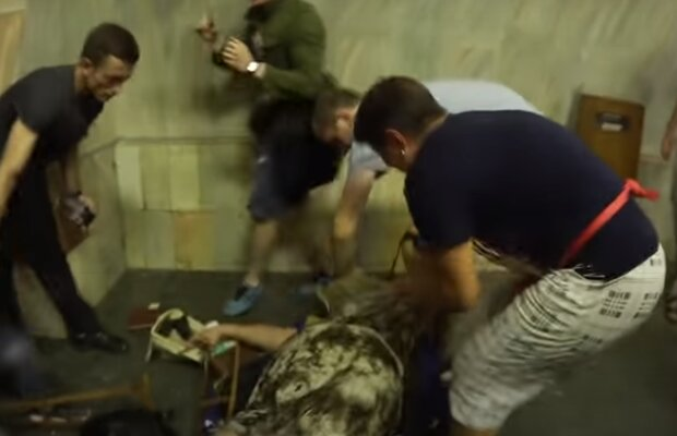 В Харькове женщина скончалась в супермаркете с буханкой хлеба в руках