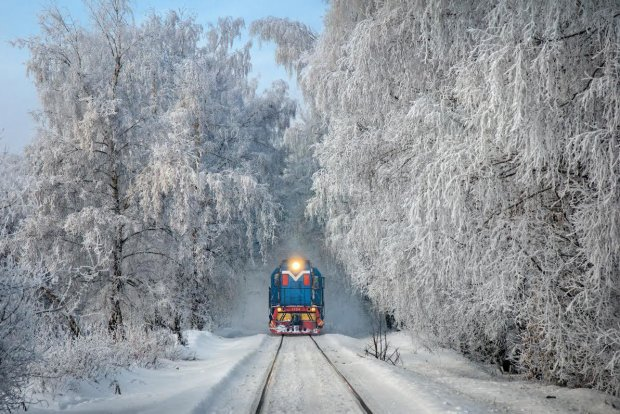 Укрзализныця назначила новый маршрут из-за непогоды, но не для всех: кто сможет им воспользоваться
