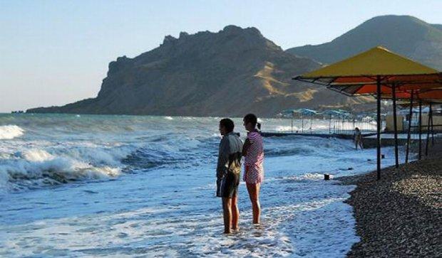 Туристи не хочуть відпочивати у Криму