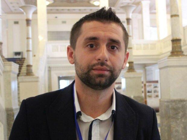 """У Зеленського розповіли, хто очолить фракцію: головний претендент на посаду """"Слуги народу"""""""