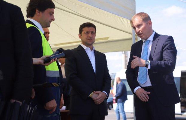 Зеленский в Одессе устроил чиновникам ад: начальника – за борт, контрабанду – прекратить