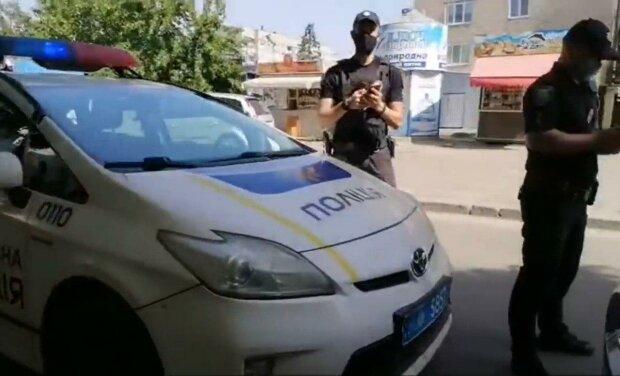 В Днепре мотоциклист сбил ребенка на переходе и ударил по газам, — виновника разыскивает весь город