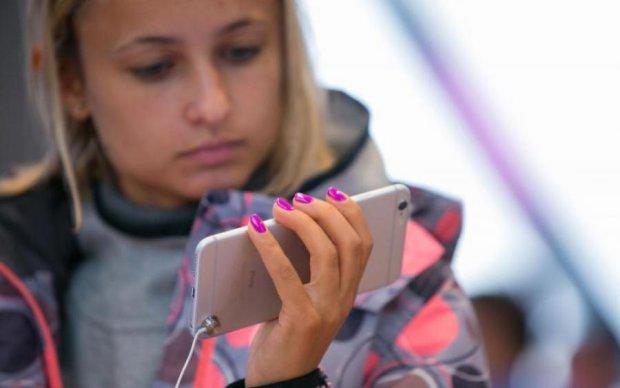iPhone 8 вже позолотили