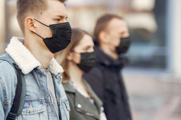 Вражає слух: медики розповіли про нову небезпеку коронавірусу