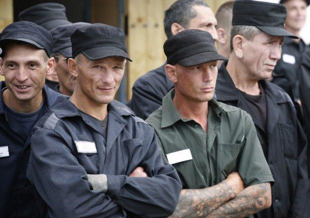 """В Одесі із буцегарні випустили десятки ув'язнених: """"Віддамся в хороші руки"""""""