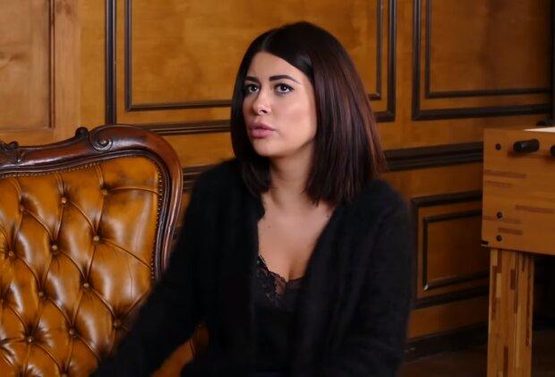 Рамина Эсхакзай, скрин из видео
