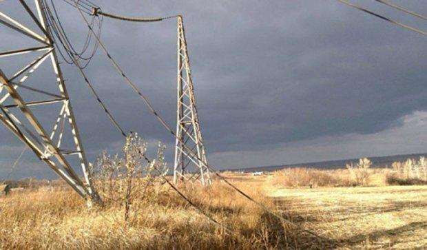 Крушение самолета СУ-25 под Запорожьем: фото с места происшествия