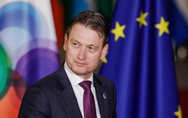 Голландский министр сбежал в отставку из-за Путина и лжи