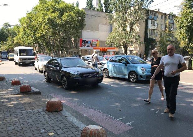 """""""Царі життя"""": одеські автохами вийшли на новий рівень свинства, кадри ганьби"""