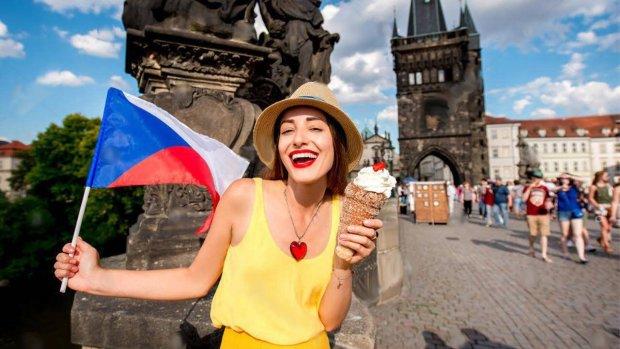 Заробітчани знайшли пікантну розвагу у Чехії: тепер зрозуміло, чому не повертаються