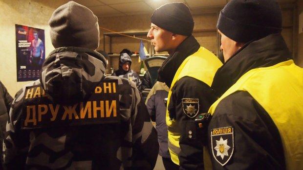 """Неизвестные отправили активиста """"Нацдружин"""" в реанимацию: фото не для слабонервных"""