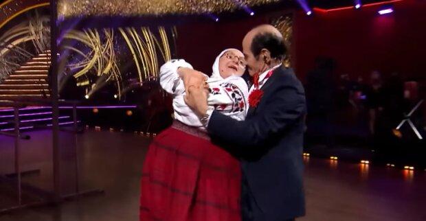 """90-летний Чапкис дал жару с мамой Сердючки на """"Танцях з зірками"""": """"Переплюнули Фреймут с Кухар"""""""