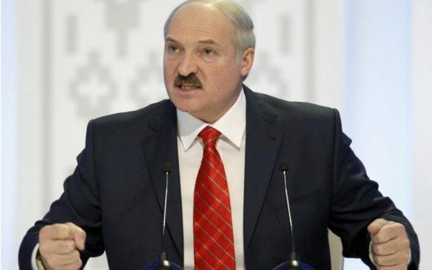 Лукашенко заистерил, опасаясь повторения украинского Майдана