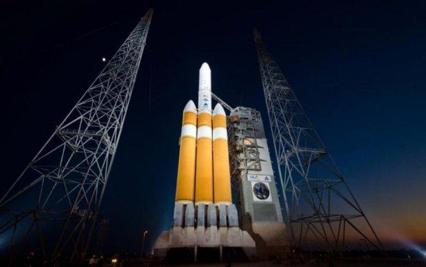 Сонце залишиться на місці: США втратили космічну програму