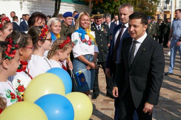 Зеленському вдасться те, про що Порошенко лише говорив 5 років: пеклу на Донбасі настане кінець і ось чому