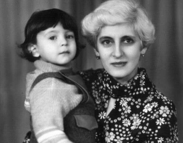 """Українці тепло привітали найдорожчу людину Зеленського: """"Мама нашої країни"""""""